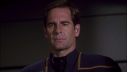 ariane179254_Enterprise_1x01-1x02_BrokenBow_1281.jpg