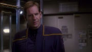 ariane179254_Enterprise_1x01-1x02_BrokenBow_2517.jpg