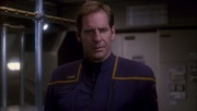 ariane179254_Enterprise_1x01-1x02_BrokenBow_2518.jpg